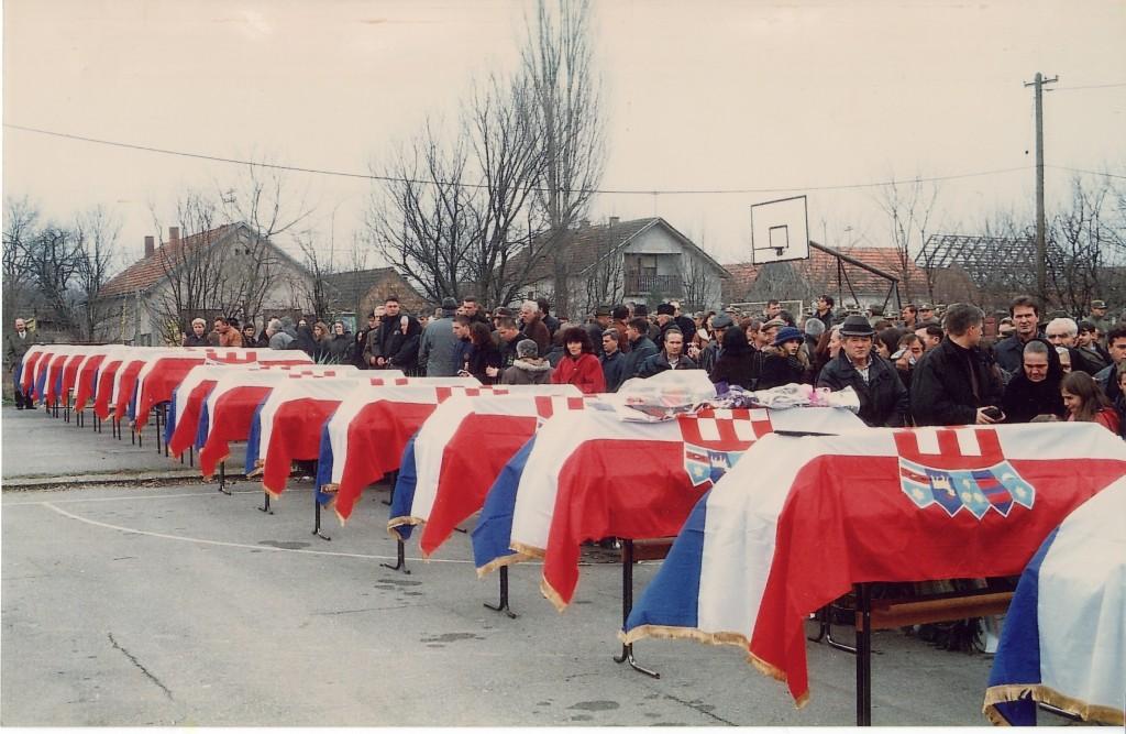 31. sječanj pokop tovarničana, ubijenih 1991. godine (1)